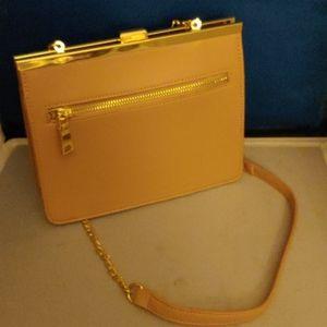 NWOT miztique ladies messenger pale pink handbag